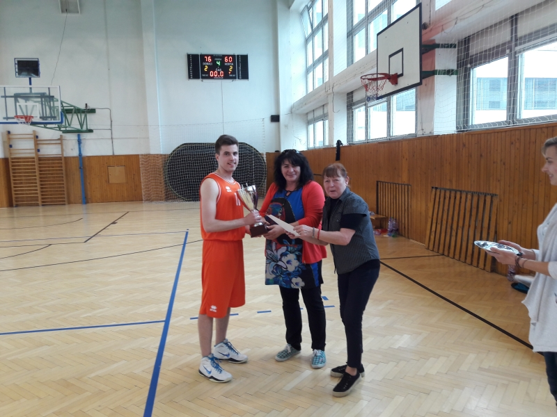 Majstrovstvá STU v basketbale o pohár rektora 2017, ŠTUDENTI
